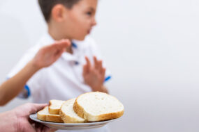 Bambini e ragazzi di ottocento scuole a lezione di celiachia: la Liguria riparte dalla tutela della salute infantile.